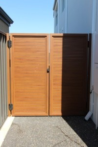 ALUMINIUM WOOD-GRAIN GATE